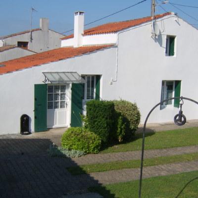 Ile d'Oléron - Maison oléronaise et jardin