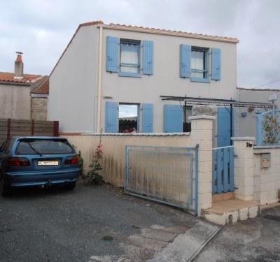Maison récente sur l' île d' Oléron